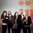 "Evanescence lança novo single ""The Game is Over"""