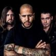 """Bad Wolves divulga cover de """"Crawling"""" do Linkin Park em homenagem à Chester Bennington"""