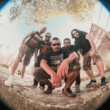 Broken & Boned: banda lança lyric video para a música 'Fútil' no YouTube